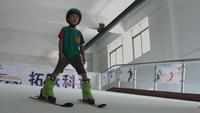 室内滑雪模拟器 新疆室内滑雪模拟器 室内模拟滑雪机厂家
