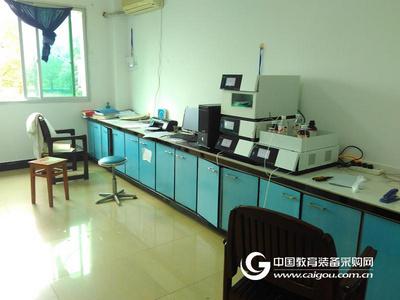 四元低压梯度液相色谱仪-自动进样系统