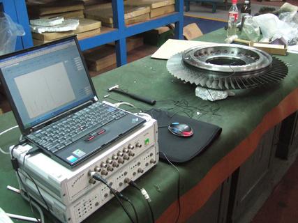 叶片测频装置