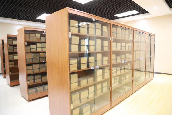 西安高级中学图书馆