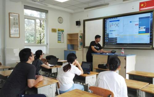 """无人机创客教育进入课堂,""""创客火""""编程无人机助推落地"""