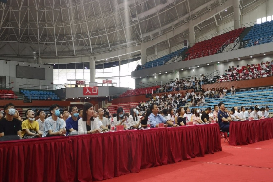 中国医科大学2021级规培专硕研究生新生安全教育暨入学教育培训会圆满成功