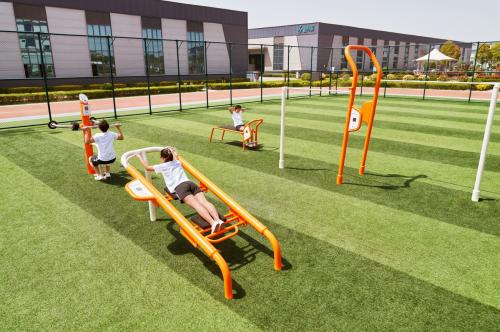 智体兼备,以体育人:舒华推出校园体育解决方案
