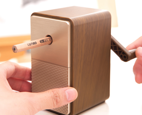 超实用得力文具分享,后悔没早点拥有这款削笔机!