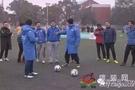 """荷兰籍教练与200位校园足球老师""""对话"""":培养兴趣,才能爱上足球"""