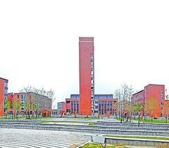 济南市建成首座自带室内游泳馆高中 今年9月开学