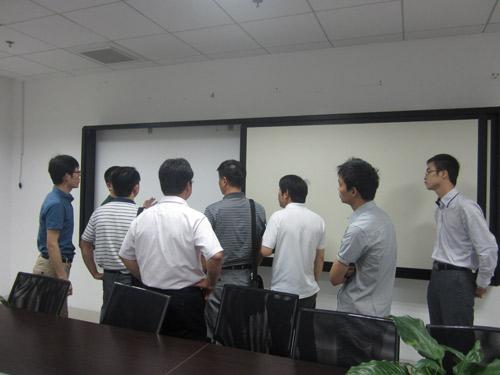 嘉兴教育局领导莅临五指峰集团参观考察
