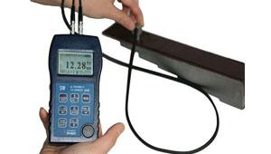 高精度大量程穿透涂层型超声波测厚仪